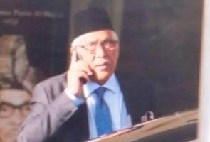 Bekas KP SPRM tiba untuk bertemu PM