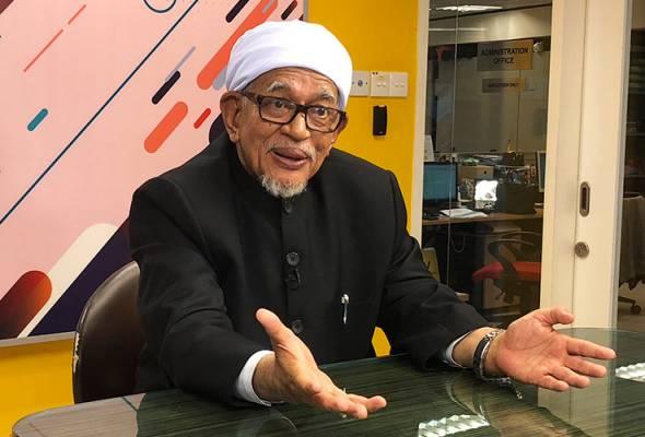 Abdul Hadi menyatakan isu hutang yang terkait dengan syarikat pelaburan 1Malaysia Development Berhad (1MDB) adalah perkara yang perlu diselidik dan menjadi masalah negara yang perlu diselesaikan. - Astro AWANI | Astro Awani