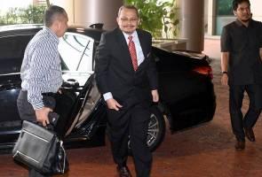Dzulkifli lapor diri kembali di Jabatan Peguam Negara