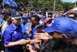 Tindakan Tun M cuba lawat kubur Nik Aziz kepura-puraan tahap 'extreme' - Najib