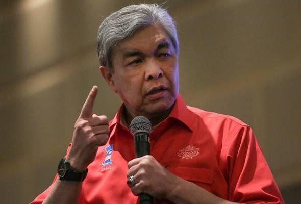 Ahmad Zahid dakwa akaun UMNO pusat, Selangor dibekukan SPRM