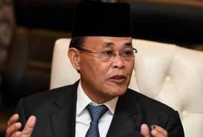 MB Johor dahului 62 penerima pingat darjah kebesaran Johor