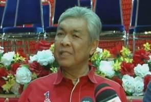 Debat Presiden UMNO: Eloklah isu parti dibincang di 'halaman sendiri' - Zahid