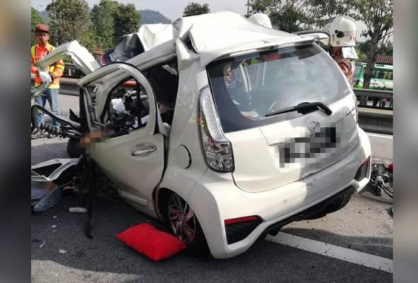 Tiga maut, seorang cedera kereta rempuh lori
