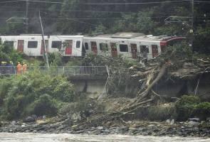 49 terkorban banjir, tanah runtuh di Jepun