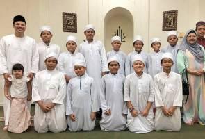 Sambut hari lahir, Awal Ashaari rai anak tahfiz di majlis doa selamat