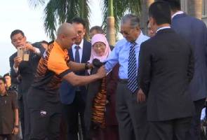 Sukan Asia: Azizulhasni ambil aura Dr Mahathir