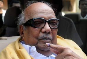 Pemimpin politik veteran Tamil Nadu Karunanidhi meninggal dunia