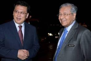 Tun Mahathir, isteri selamat tiba di Hangzhou