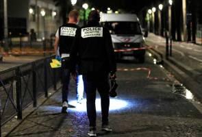 Tujuh cedera ditikam lelaki bersenjata pisau di Paris
