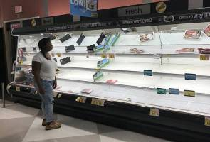 Penduduk terjejas Taufan Florence dapat makanan, air percuma