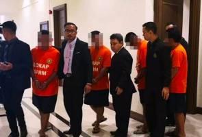 Empat pegawai JPJ direman keluar lesen tak ikut prosedur