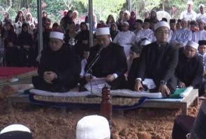 Jenazah Abu Hassan Omar selamat dikebumikan