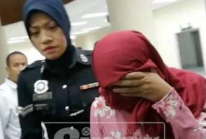 Dua wanita kes hubungan sejenis dihukum sebat depan khalayak