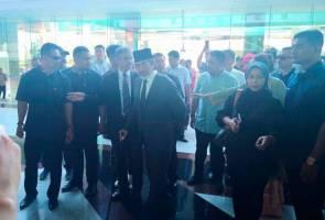 Musa Aman tiba di Bangunan DUN Sabah