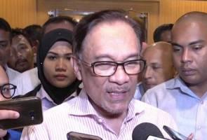 Nazri, Jamal nak bantu kempen PRK? Saya bersyukur sahaja - Anwar Ibrahim