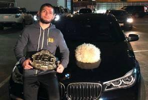 Khabib kini atlet dengan bayaran tertinggi di UFC - Pengurus