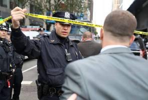 Bekas presiden AS, CNN terima bungkusan disyaki berisi bom