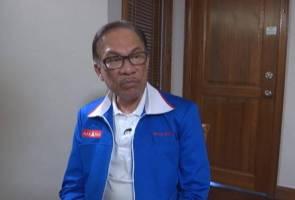 Anwar tidak layan 'serangan' Saiful Bukhari