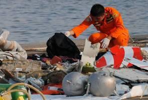 Pesawat Lion Air berkecai selepas terhempas