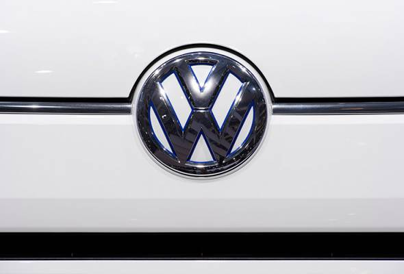 On top of the price reduction, customers can continue to enjoy ongoing promotions and services at Volkswagen. - FILEpic | Astro Awani