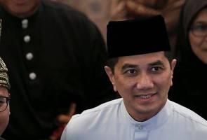 Azmin bermula dengan langkah kanan di Selangor