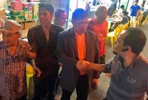 'Lepak' di mamak, Mat Sabu disapa rakyat Singapura