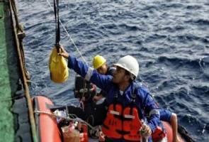 Nahas pesawat Lion Air: Naskhah surah Yasin antara ditemui...