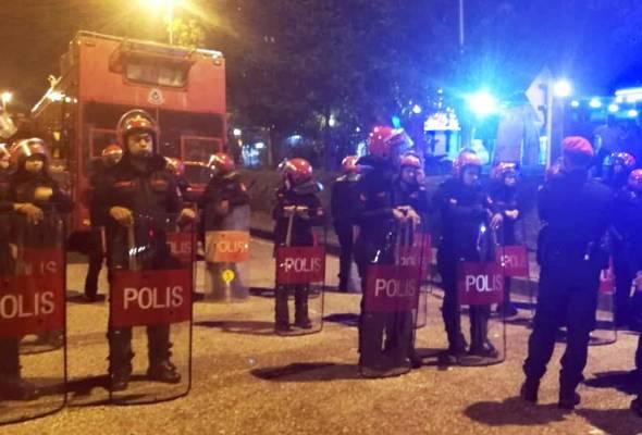 Inkues Adib: 'Halau! Jangan bagi bomba turun' - Saksi