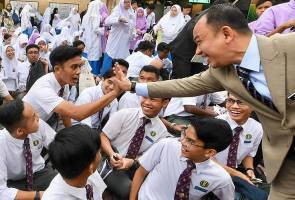 Maszlee is a missing pearl that we just realised its preciousness