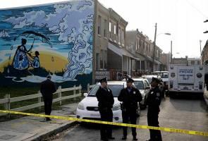 Dua sepupu lelaki dan dua wanita ditemui mati