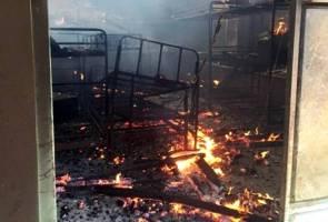 Sembilan pelajar maut dalam kebakaran asrama
