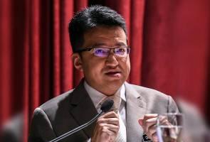 Malaysia sedang mencari jalan penyelesaian susulan isu ruang udara dan sempadan laut antara kedua-dua negara.