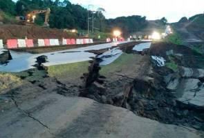 Pengguna terkandas, tanah runtuh di laluan Pan Borneo, Jalan Sibu-Bintulu