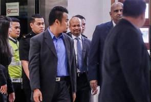 Kes pindaan laporan audit 1MDB: Arul Kanda tiba di mahkamah
