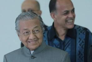 'Tunggu.... belum tahu betul atau tidak' - Dr Mahathir