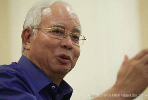 'Kalau ada kereta terbang lagi cepat saya tiba' - Najib