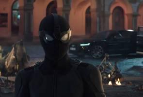 Treler filem 'Spider-Man: Far From Home' mula bergayut di internet!