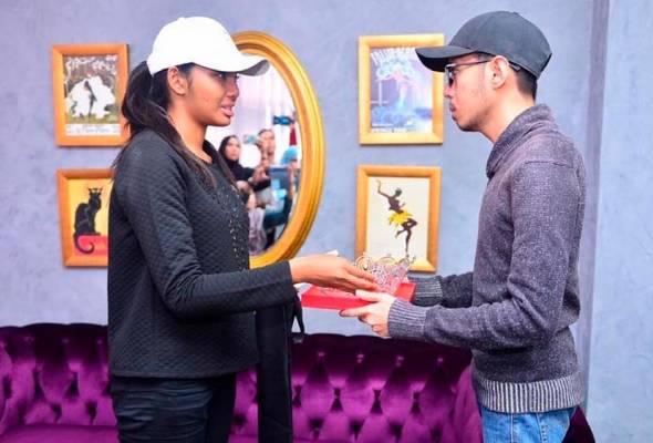 Selepas 72 jam, gelaran Dewi Remaja Haneesya Hanee ditarik balik