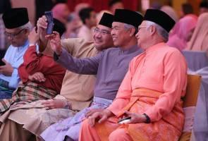 """Apa khabar bossku?""- tanya Najib selepas BN menang di Cameron Highlands"