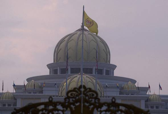 Under the system of Constitutional Monarchy in this country, the Royal Institution still plays a role in various issues or areas as entrenched in the Constitution. File picture   Astro Awani
