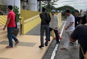 Dana RM90 juta: Nik Abduh hadir di pejabat SPRM Kelantan