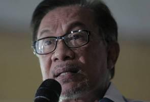 Pas-UMNO satu logo: 'Tidak mengapalah, mereka bebas lakukannya' - Anwar