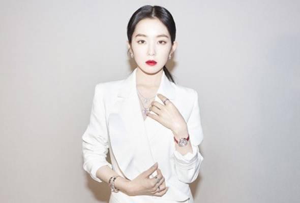 Anggota kumpulan K-Pop Korea Selatan Red Velvet, Irene Bae menjadi artis Asia pertama untuk menjadi model untuk jenama Damiani.