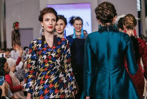 Setiap tahun acara fesyen RTW raya dinantikan oleh penggiat-penggiat serta peminat fesyen.