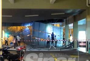 Sebahagian siling di wad kecemasan Hospital Kluang runtuh