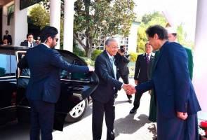 Lawatan rasmi ke Pakistan: Keganasan, Islamofobia jadi fokus Mahathir, Imran