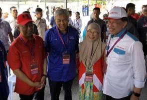 Gambar 'Kelab Timbalan Perdana Menteri' cuit hati netizen