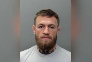 McGregor tumbuk warga emas, Khabib kata humban saja dalam penjara