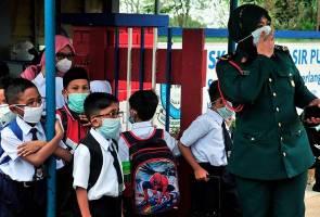 Dr Maszlee lawat mangsa pencemaran bahan kimia di HSI